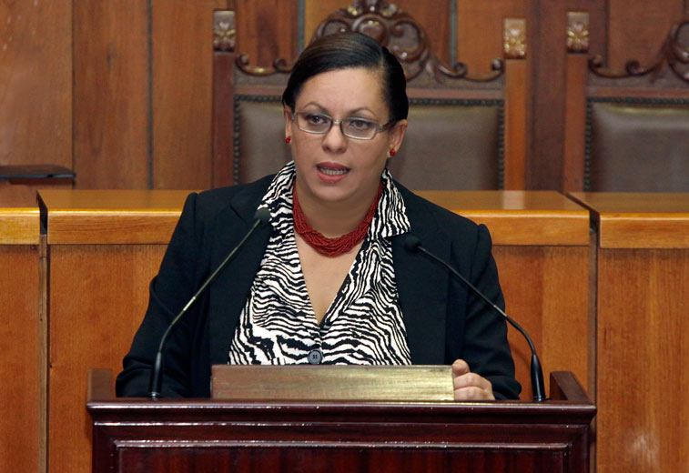 ¡RABO DE PAJA! Antecedentes de Indira Alfonzo Izaguirre, la jueza que decidió que el 20% sea por estado
