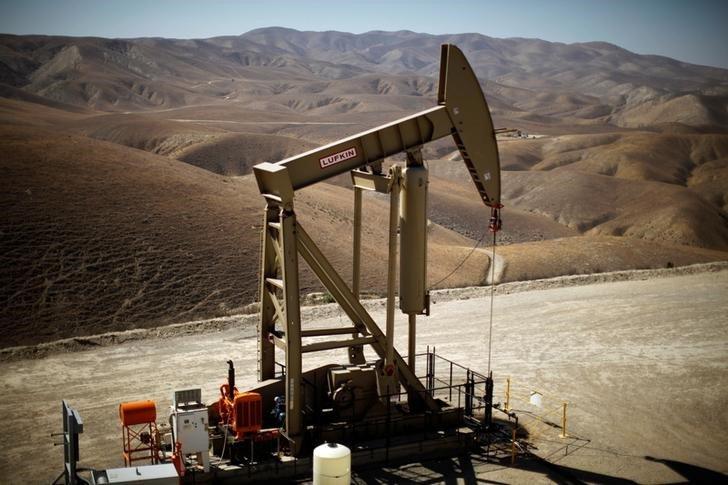 Países no Opep acordaron recorte de producción de crudo