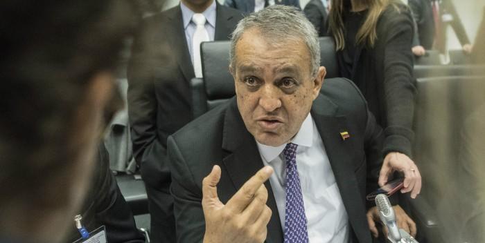 Del Pino: Esperamos que en 2017 estemos por el orden de los 59 o 60 $ por barril