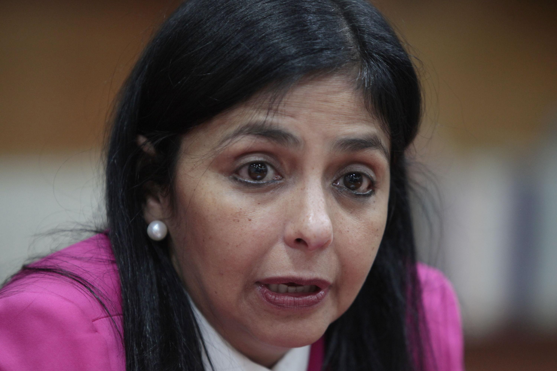 """Delcy Rodríguez dice que es un """"cinismo"""" la toma de posesión de Argentina en Mercosur"""