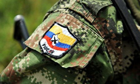 """Farc denunció presencia """"paramilitar"""" en zona donde dejarán las armas"""