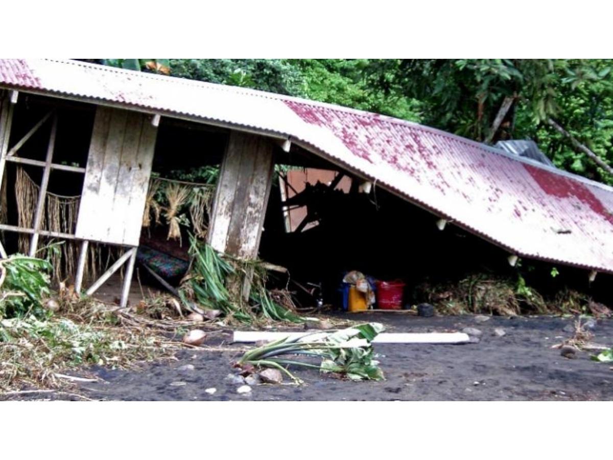 Sismo de maginitud 7,7 afectó a cientos de personas en islas Salomón